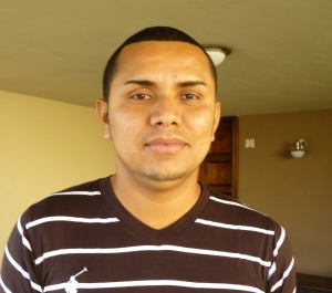 Gabriel does well because he loves his job at Adelante. When asked what motivates him to do his best, he explains that he feels proud to be an instrument in Adelante's mission to the rural poor.